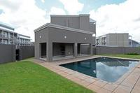 Property For Rent in Buccleuch, Sandton 11